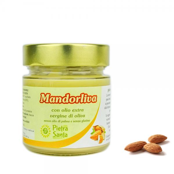 Mandorliva con olio extravergine di oliva
